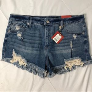 NWT Mossimo distressed jean shorts